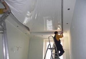 Процесс установки потолока